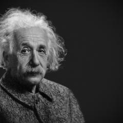 Ain't no Einstein, written by Nikola Van de Wetering.